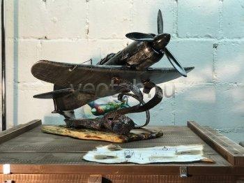 Кованый подарок #083 Самолёт ЛА-7 (шкатулка/мини-бар)