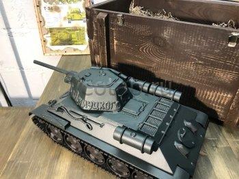 Кованый подарок #082 («именной», кованный танк Т-34 - шкатулка/мини-бар)