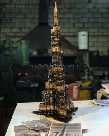 Кованый подарок #020 (минибар/винница в виде небоскрёба Бурдж-Халифа)