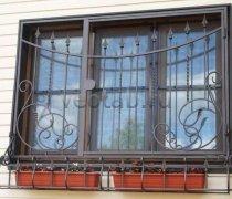 Кованные решетки на окна #70