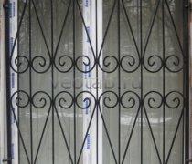 Кованные решетки на окна #68
