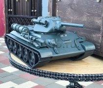 Кованый подарок #076 ( кованный танк Т-34 - шкатулка/мини-бар)