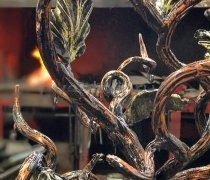 Кованый подарок #032 (Дерево жизни) с гравировкой на листьях дилеров