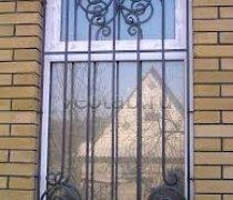 Кованные решетки на окна #83