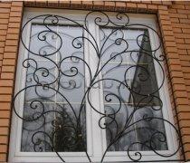 Кованные решетки на окна #86