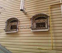 Кованные решетки на окна #93