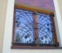 Кованные решетки на окна #902